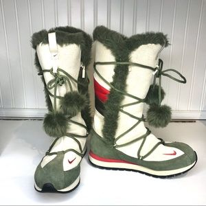 Nike Winter Boots with Faux fur Trim size 7